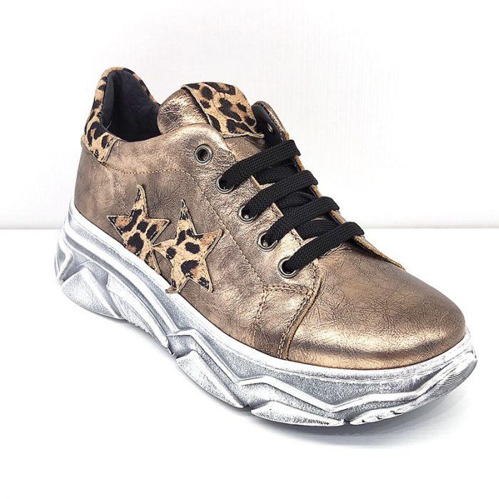 Chiara Luciani sneakers fronte